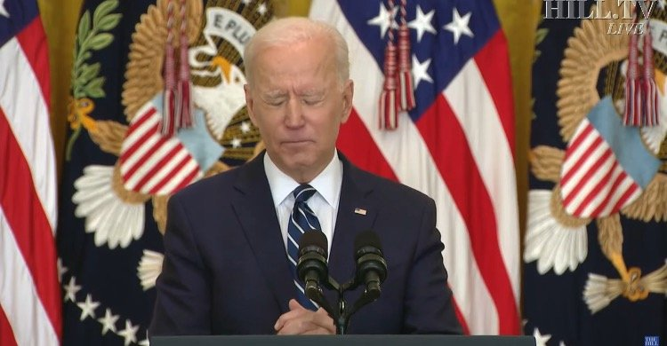 """""""The Whole Thing Was Ridiculous"""" - Trump Reacts to Biden's Press Conference (VIDEO)"""