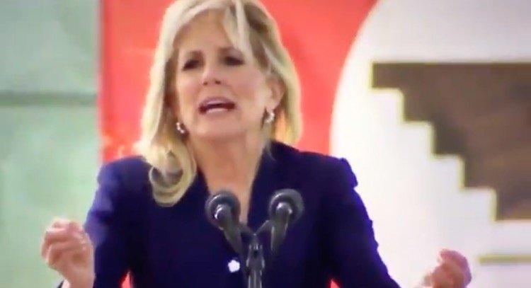 """AWKWARD: Jill Biden Wraps Up Cesar Chavez Day Speech by Butchering """"Sí Se Puede"""" (VIDEO)"""
