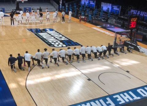 ENTIRE Georgetown Basketball Team Kneels for National Anthem at NCAA Tourney -- Then Get Spanked by 23 Points