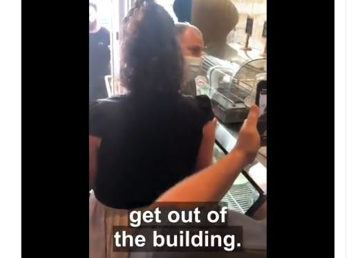 """ENOUGH! Restaurant Owners and Patrons SCREAM at Government Mask Enforcers to """"Get Out!"""" After They Lecture on Masks"""
