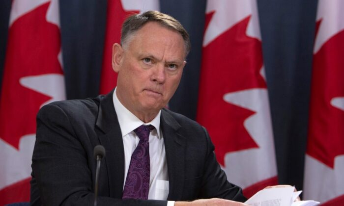 Intelligence Committee Warns China, Russia Targeting Canadian COVID-19 Research