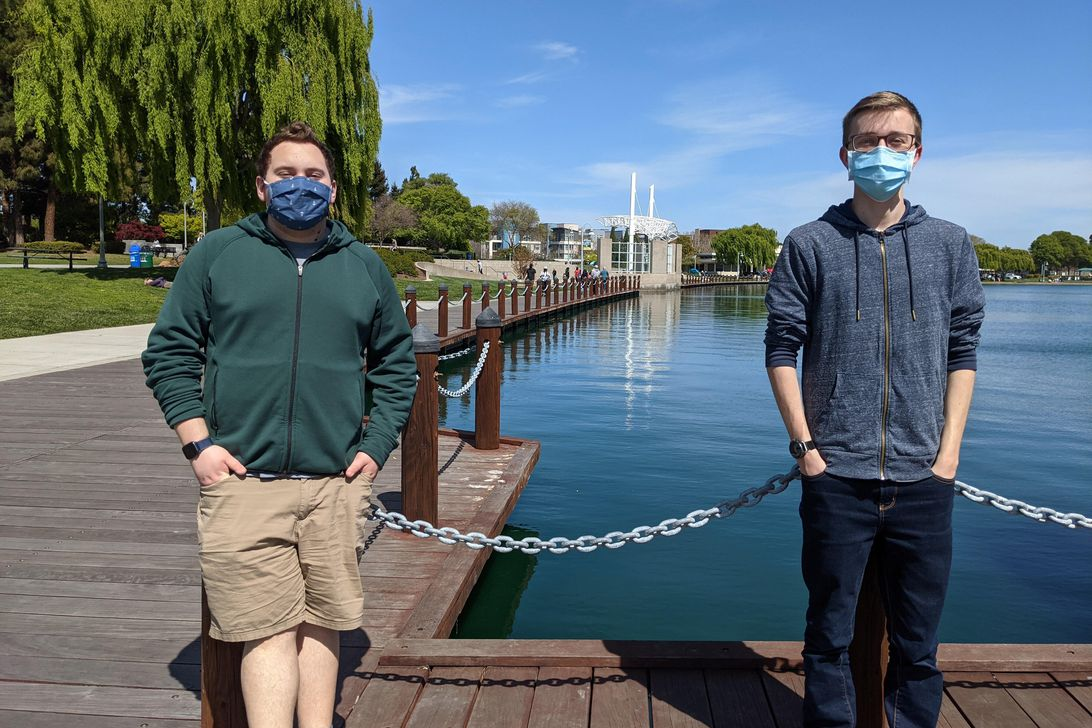 Teen pals build bot to help COVID vaccine hopefuls snag appointments