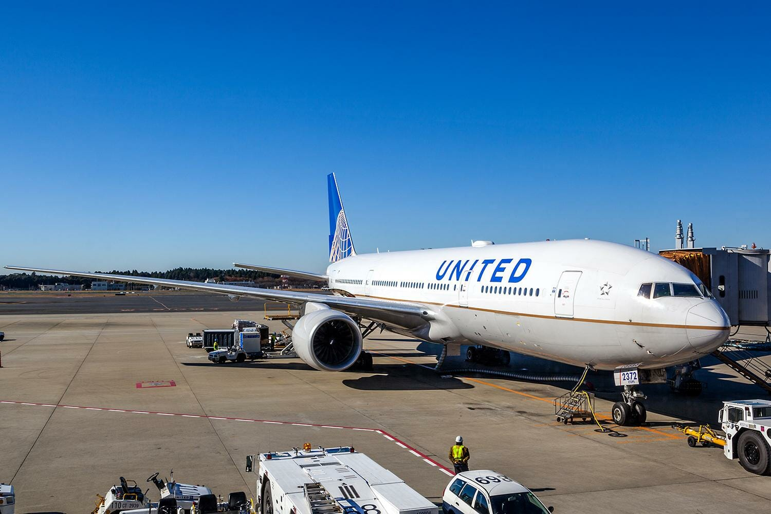 WOKE: United Airlines Says 50% of the Next 5,000 Pilots They Train Will be Black Women or People of Color