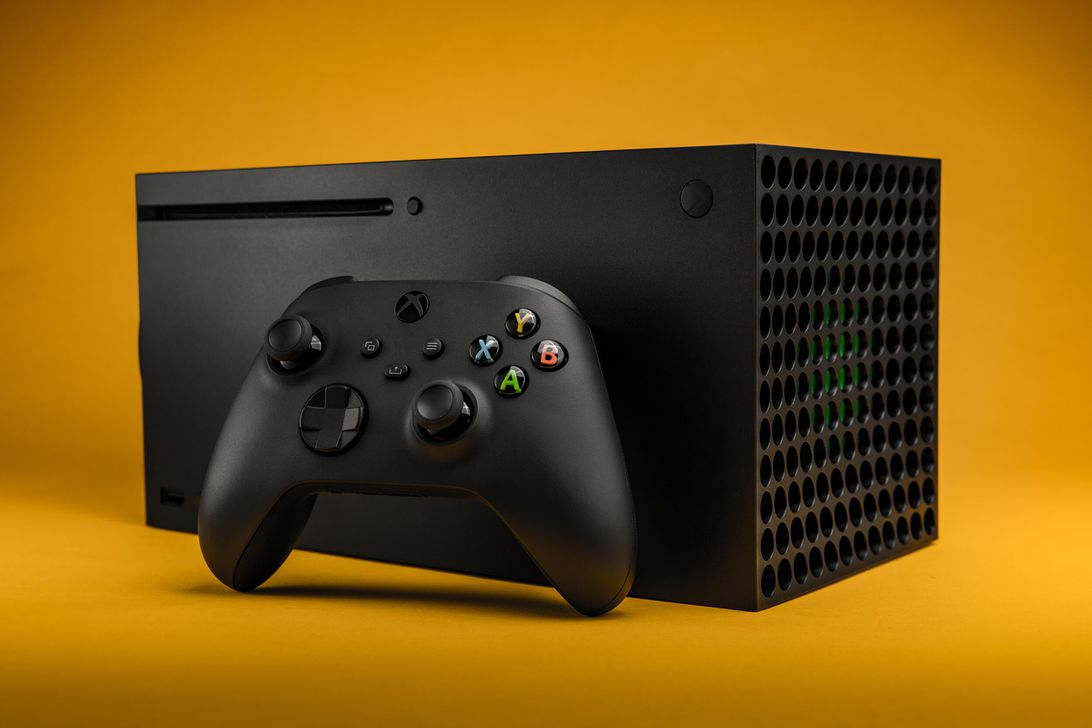 A 'sizable' Xbox Series X restock arrives at GameStop today at 10 a.m. ET